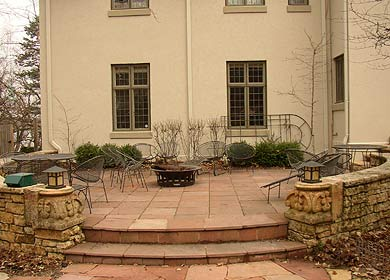 Patios & Walkways - curved-patio