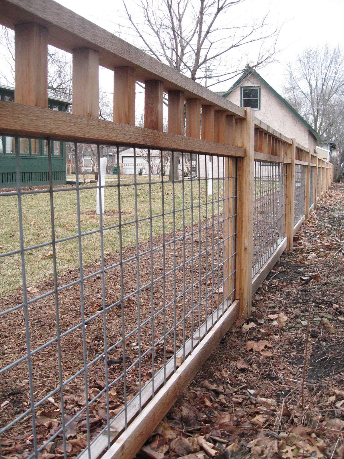 Простой забор на даче сварные ворота в одинцово